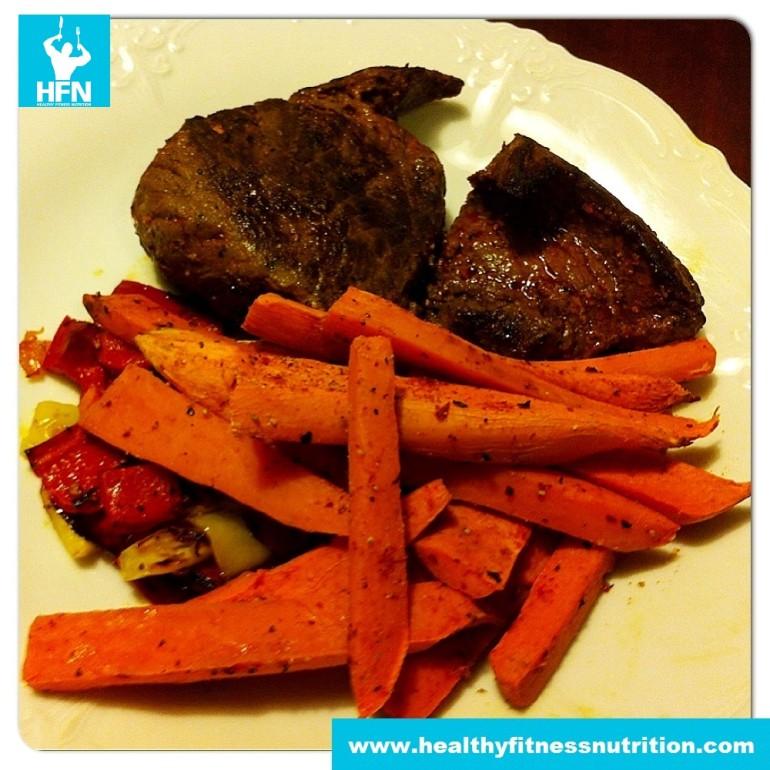 Steak mit Süßkartoffeln und Paprika Rezept