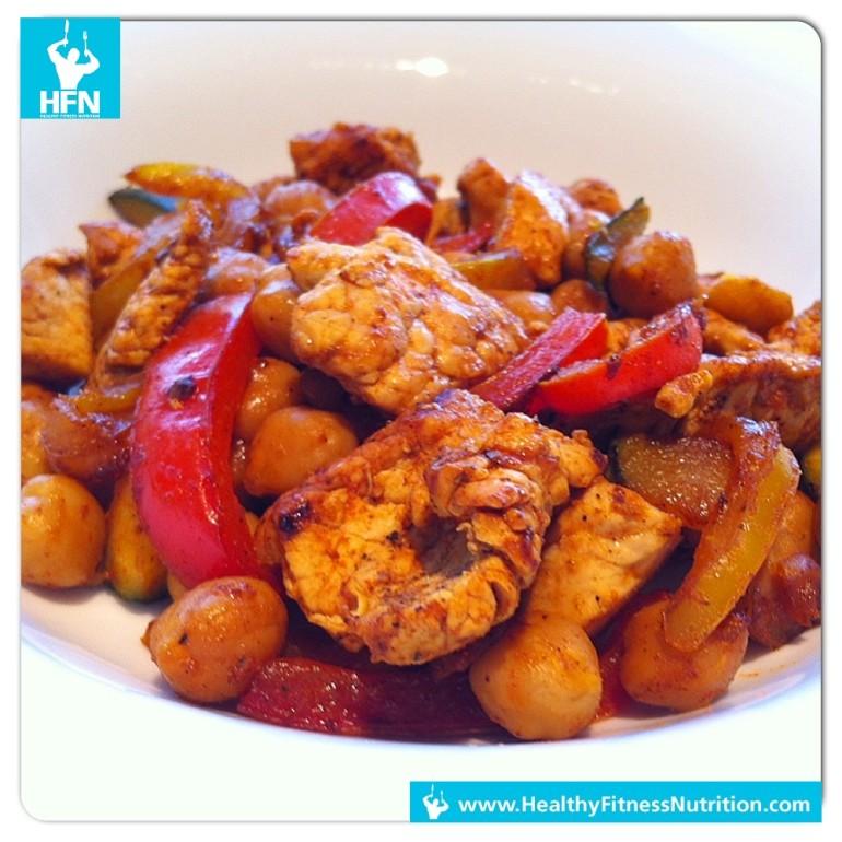 Low-Carb Mahlzeit: Saftiger Curry Wok