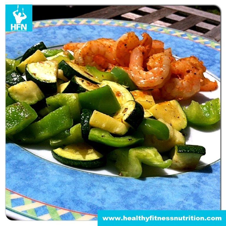 Shrimps in Olivenöl mit Gemüse