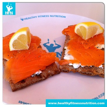 Wholemeal Crispbread with Smoked Salmon and Cottage Cheese